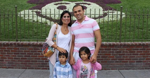 Pastor-Saeed-Abedini-with-wife-children_Urban-Christian-News_130131-article