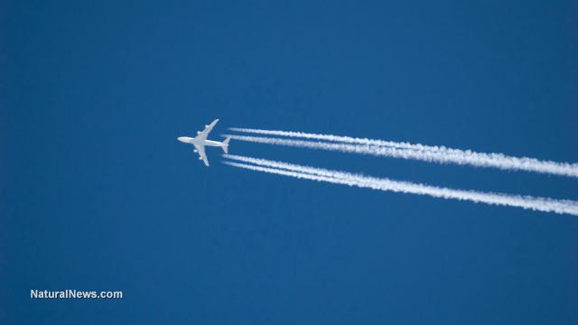 airplane-blue-sky-chemtrail-vapor-trail-fly