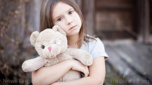 sad-girl-child-teddy-bear-e1496069909470