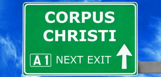 corpuschristiroadsign