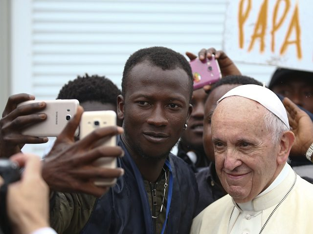 ITALY-VATICAN-POPE-VISIT-BOLOGNA