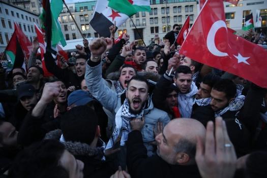 Palestinians Protest Trump Announcement