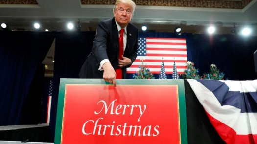 christmassigntrump