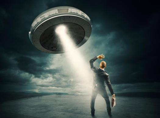 ufo-abduction-aliens-2