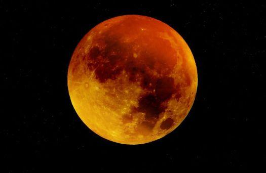 moon-963926__480