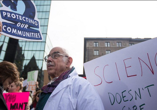 stand-up-for-science-rally