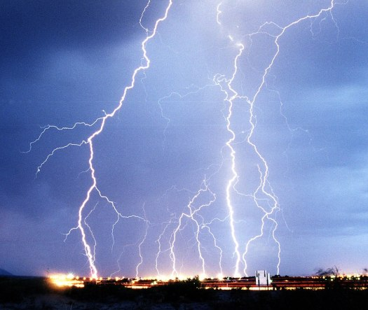 lightning-kills-16-churchgoers-rwanda-1