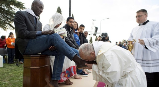 pope-francis-migrant-flood-us-forget-national-security-110718