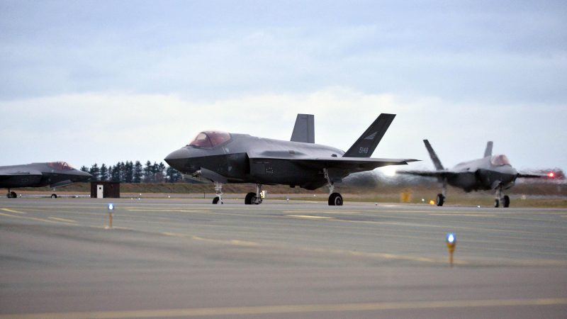 U.S. halts F-35 equipment to Turkey, protests its plans to buy fromRussia