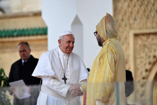 pope-francis-warns-catholics-morocco-covert-muslim-christianity-32419