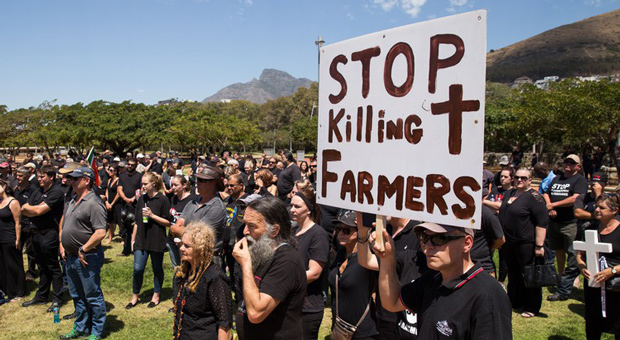 15,000 WHITE South African Farmers, Fearing for Their Lives, Are Fleeing to Russia