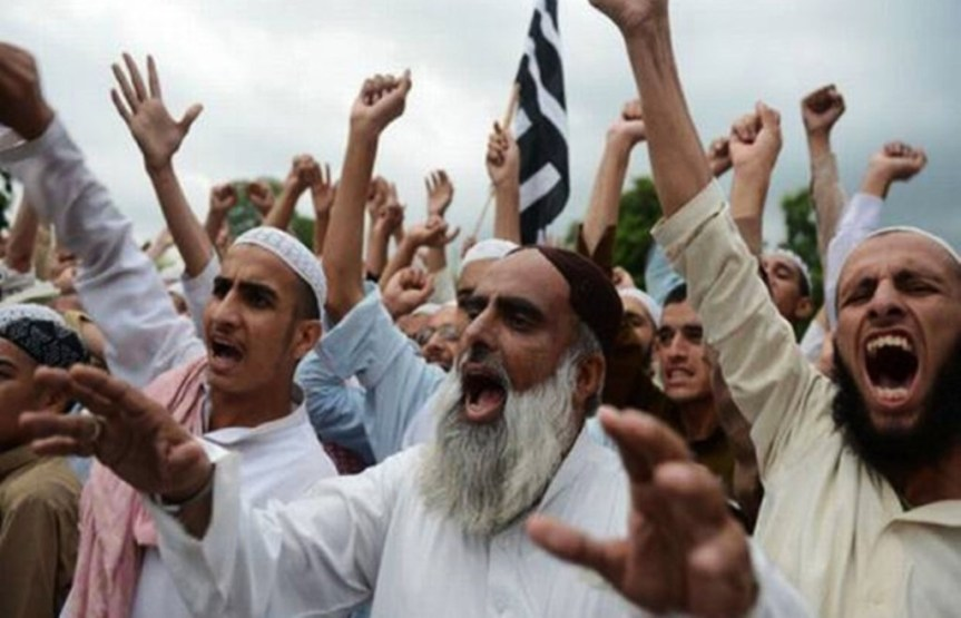 """""""Lovers of Islam, Force These Demonic Creatures Out!"""" Muslim Persecution of Christians, May2019"""