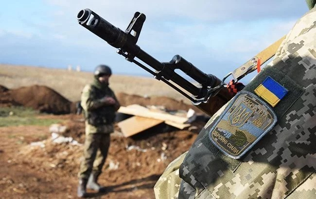 Day in Donbas: Four Ukrainian servicemen wounded